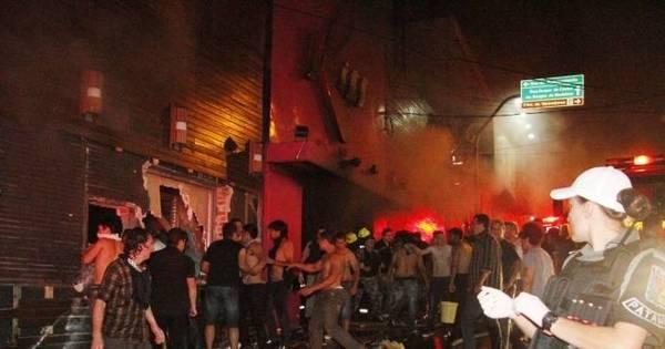 Relembre em imagens o incêndio que deixou 242 mortos em Santa ...