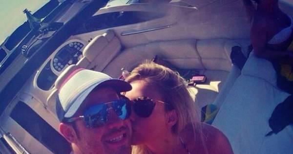"""Carol Belli curte o fim de semana com o namorado: """"Desde que ..."""