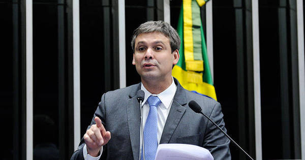 Clima esquenta entre PT e PSDB na votação do Marco Civil da ...