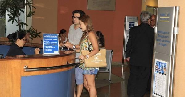 Renata Dominguez e Edson Spinello são flagrados em hospital do RJ