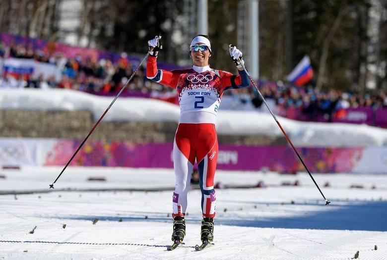Aos 33 anos, a norueguesa Marit Bjoergen conquistou a medalha de ouro no cross-country em uma disputa emocionante, decidida apenas nos metros finais