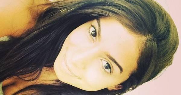 Mais poderosa? Anitta faz mudança no rosto e critica visual antigo ...