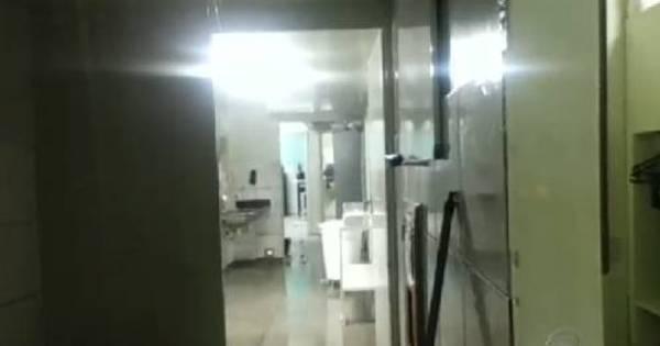 Chuva forte alaga corredores do Hospital Municipal de Anápolis (GO)