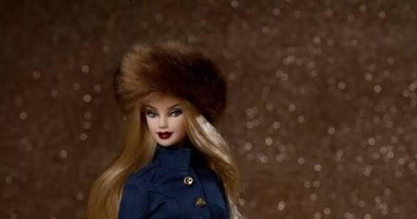 Exposição em shopping reúne 200 bonecas Barbie com trajes de ...