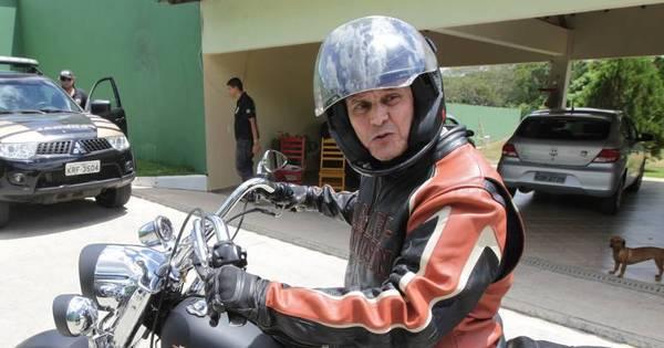 Roberto Jefferson passeia de moto e diz que está aproveitando os ...