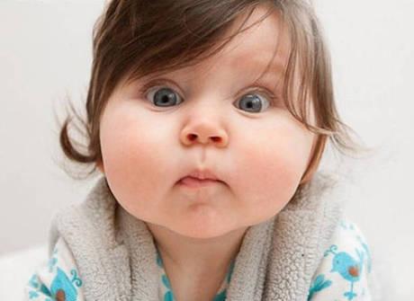 Veja os bebês que têm as mais fofas bochechas da internet
