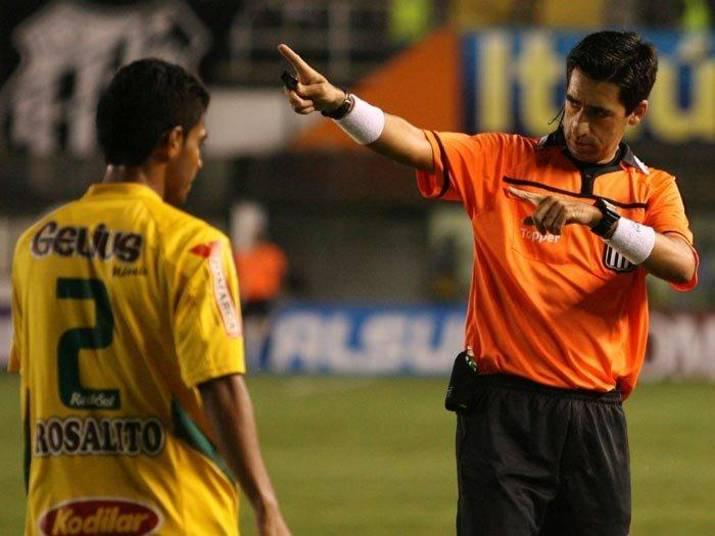 Rodrigo Bragetto deve estar feliz com o esforçado desempenho do seu clube, já que é torcedor do Palmeiras
