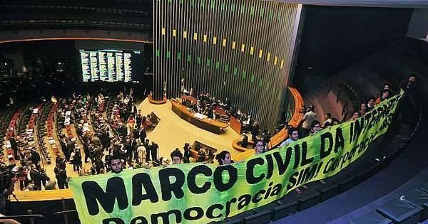 Em votação quase unânime, Câmara aprova Marco Civil da Internet ...