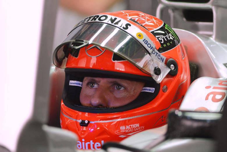 Michael Schumacher mexe os olhos pela primeira vez depois de acidente  06/04/2014