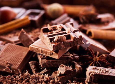 Delicie-se com 40 receitas que têm o chocolate como ingrediente