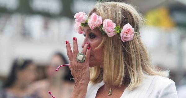 Muita emoção! Susana Vieira chora em casamento do filho em alto ...