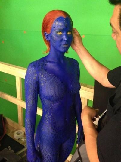 Jennifer Lawrence brilhou muito em 2013, ganhando o Oscar de Melhor Atriz por O Lado Bom da Vida e começou 2014 sendo indicada a diversos prêmios por Trapaça. Além do sucesso de crítica, ela estará esta ano em dois filmes que prometem ser campeões de bilheteria. O primeiro a chegar às telonas é X-Men: Dias de um Futuro Esquecido, em que ela viverá novamente a personagem Mística. O longa deve ser lançado em 22 de maio!