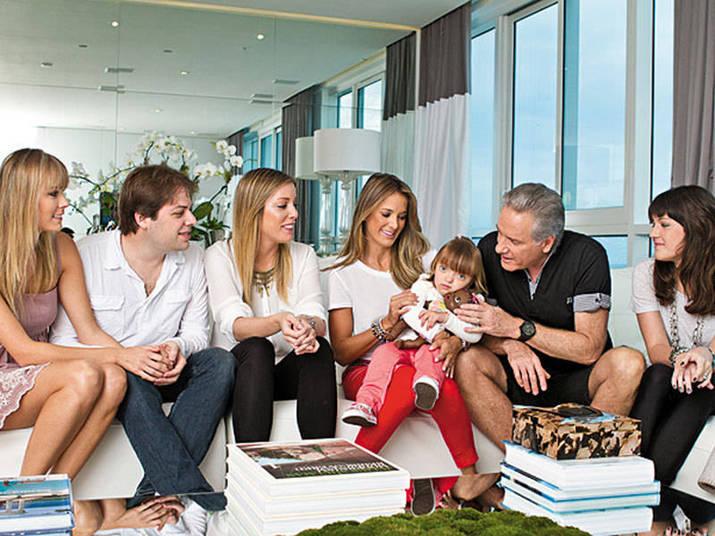 O apresentador Roberto Justus também possui um amplo apartamento em Miami, e faz da cidade seu segundo endereço