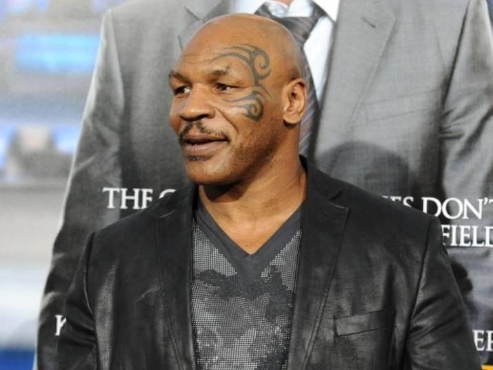 Mike TysonUm empurrão do lutador pode ser muito poderoso! Depois de agredir um fotógrafo, Mike foi até preso, em 2009. Em algumas versões, o paparazzi até levou um soco dele. Ouch!