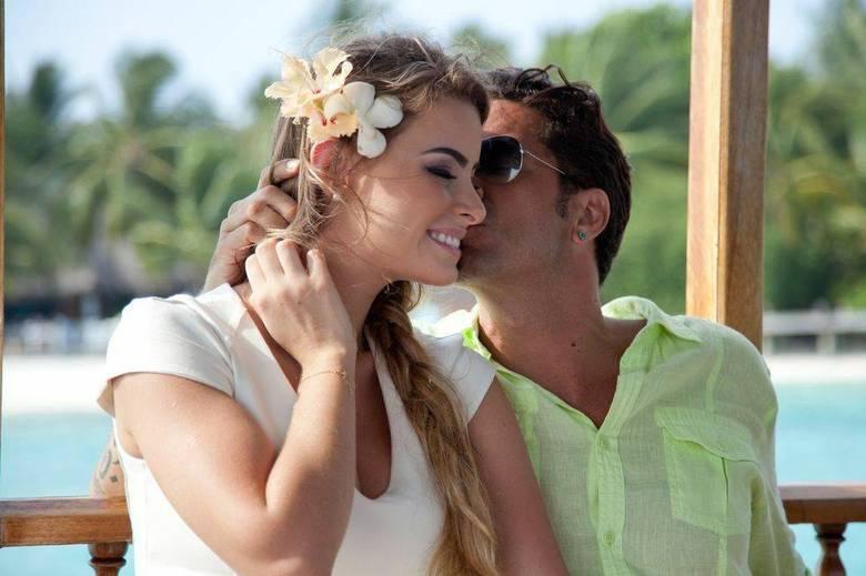 Lua de melForam divulgadas fotos da viagem de lua de mel de Latino e Rayanne Morais. Os dois estavam em Dubai
