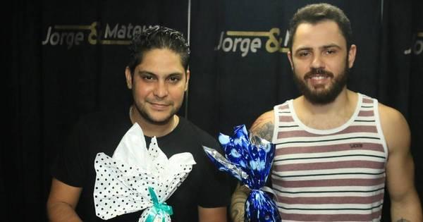 Jorge & Mateus ganham ovos de Páscoa no Ceará - Fotos - R7 ...