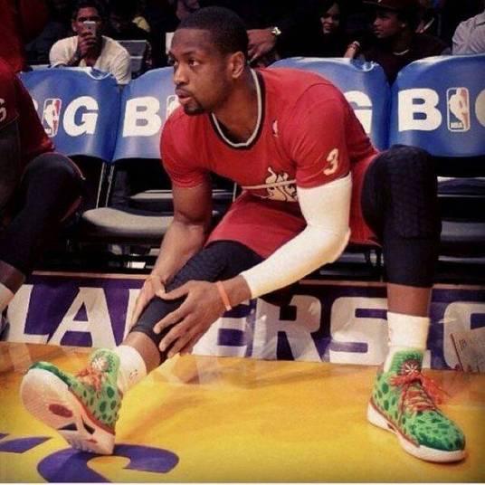 Esta foto é do super astro do basquete norte-americano Dwyane Wade 677faaeda5dc1
