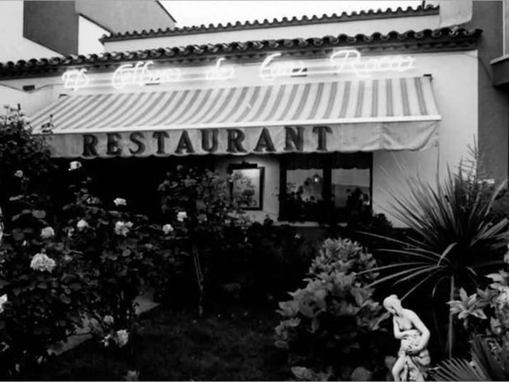 2º lugar:  El Celler de Can Roca, EspanhaO restaurante espanhol entrou para a lista dos melhores do mundo há oito anos e escalou até o topo. Ano passado foi premiado como o primeiro da lista mas, neste ano, desceu para a segunda posição novamente. Sua ascensão é reflexo de uma abordagem evolutiva da família Roca. Os irmãos Joan, Josep e Jordi abriram o restaurante em 1986. Joan é o chef, Josep é o sommelier, especialista em bebidas, e Jordi é o pâtissier, especialista em massas.  De acordo com o site Via Michelin, o preço do menu varia de 130 € a 160 € e a carta de vinhos de 81 € a 98 € (R$ 338,51, R$ 416,62, 210,92 e R$ 255,18))