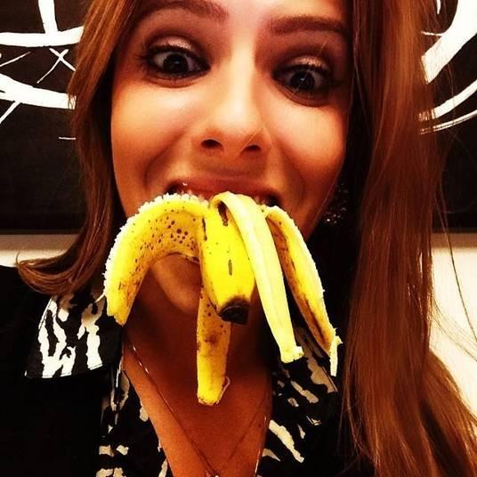 Paola Machado, mulher do humorista Carioca, também aderiu à campanha