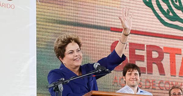 Dilma comemora lançamento bem-sucedido de satélite sino-brasileiro