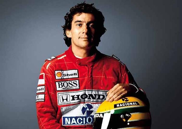 Segundo Mãe Dináh contava, ela também teria avisado Ayrton Senna que ele teria de tomar muito cuidado na corrida que matou o piloto em 1994. 'Eu me encontrei com ele 20 dias antes da corrida e avisei que era para tomar muito cuidado', chegou a afirmar no programa Superpop, da Rede TV!. Leia também: Morre Mãe Dináh em São Paulo