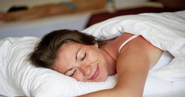 Dormir bem ajuda a prevenir rugas - Notícias - R7 Saúde
