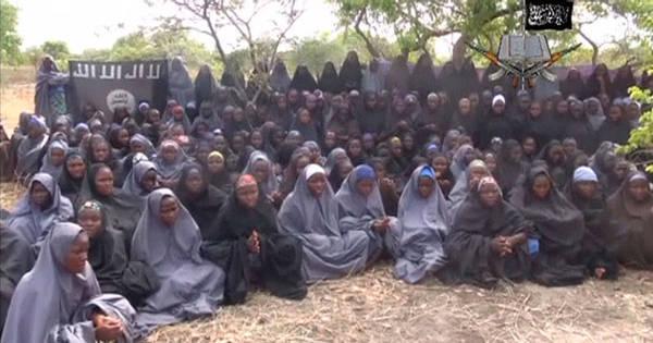 Grupo extremista sequestra mais de 200 meninas na Nigéria ...
