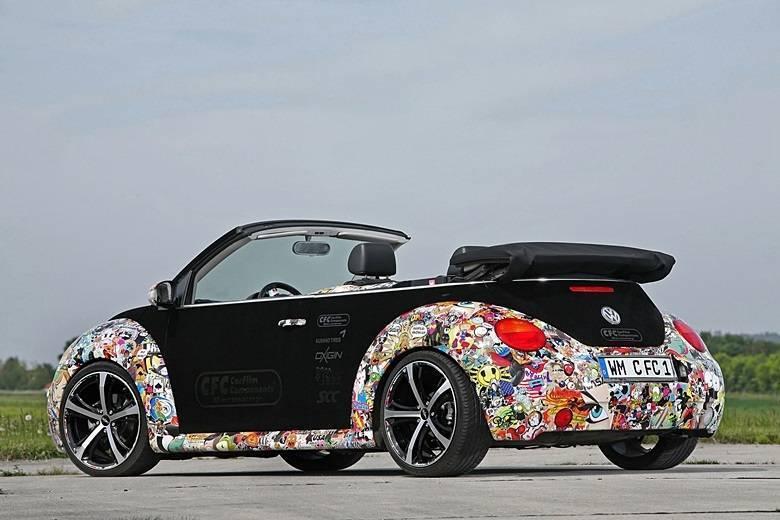 Volkswagen New Beetle'sticker-bomb'Saiba tudo sobre carros! Acessewww.r7.com/carros