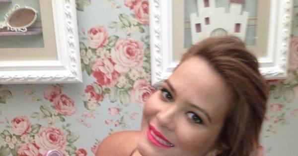 Grávida, Geisy Arruda mostra enxoval de bebê em gravação do ...