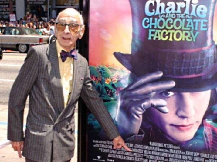 David KellyO ator britânico David Kelly foi o famoso e fofo avô de Charlie na refilmagem de A Fantástica Fábrica de Chocolate (2005), de Tim Burton. Ele morreu em 2012 aos 82 anos