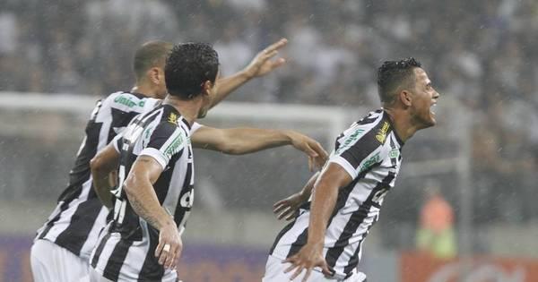 Autor do primeiro gol do Itaquerão acerta com Corinthians ...