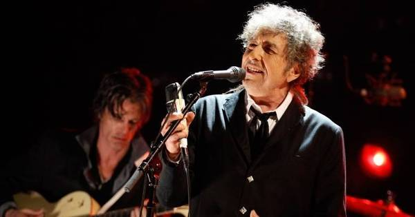Cantor Bob Dylan ganha o prêmio Nobel de Literatura de 2016 ...
