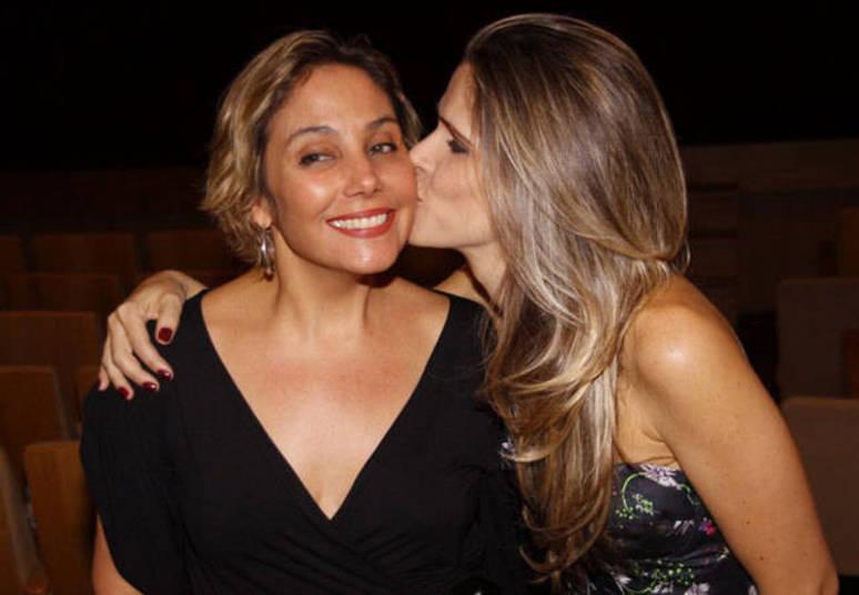 Ingrid Guimarães e Heloísa Perissé Com tanta química nas telas e palcos era impossível que as duas não cultivassem uma grande amizade. As atrizes sempre fazem trabalhos juntas, tanto nas telas como nos palcos