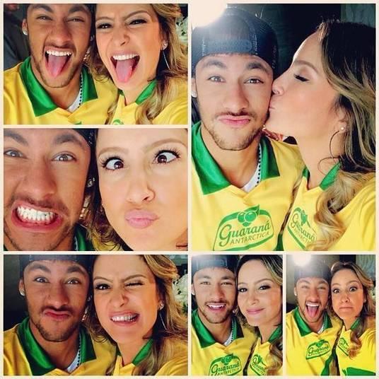 É claro que não poderia faltar a cantora brasileira oficial da Copa do Mundo, Claudia Leitte. Durante uma sessão de fotos para uma campanha publicitária em Barcelona, na Espanha, eles aproveitaram para fazer selfies e publicar no Instagram