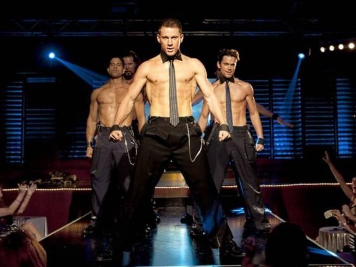 Assim como em Magic Mike, Channing Tatum começou a trabalhar como stripper e muitas mulheres puderam dar uma conferida nesse corpão, bem de perto