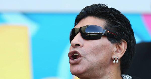 """Maradona critica prêmio de melhor da Copa a Messi: """"Plano de ..."""