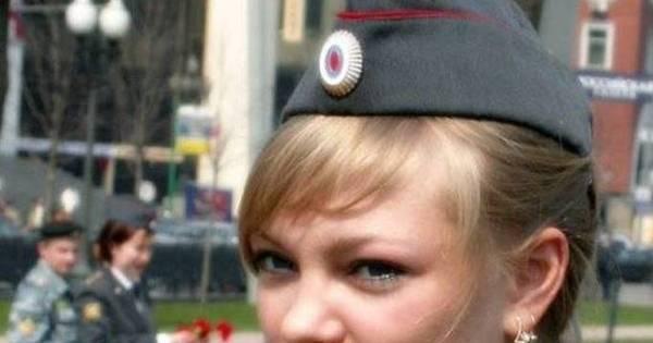 Top 10 de Esquisitices: Rússia com batalhão de gatas e recorde ...