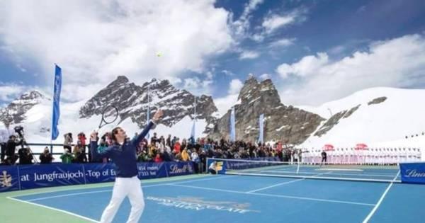 Incrível! Federer promove partida de tênis com musa do esqui na ...