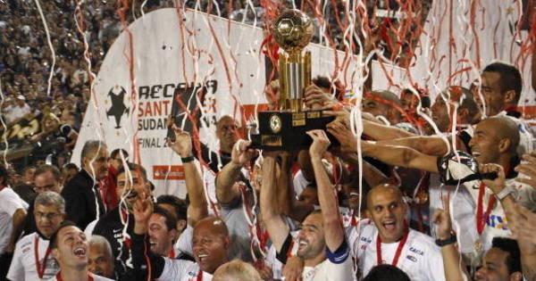 Corinthians comemora um ano do título da Recopa sobre o São ...