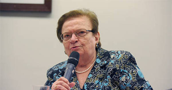 Candidata à reeleição à Câmara, Luiza Erundina (PSB) mais que ...