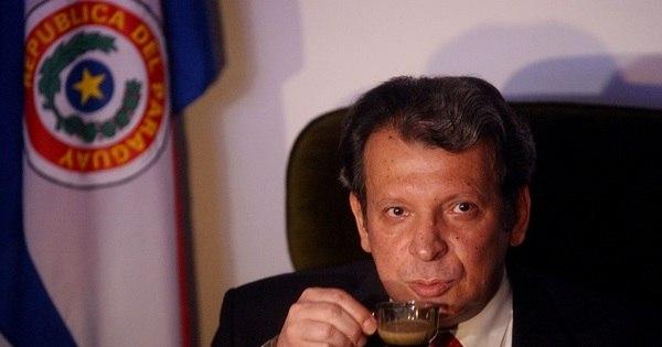 Vídeo íntimo de senador causa escândalo no Paraguai - Notícias ...