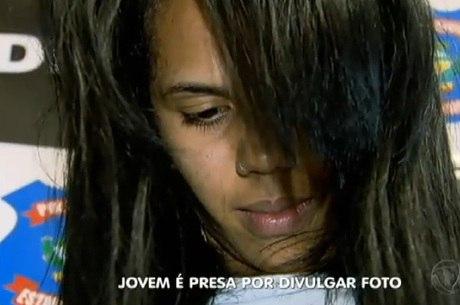 Bomba: por vingança, mulher divulga foto de adolescente nua no Whatsaap