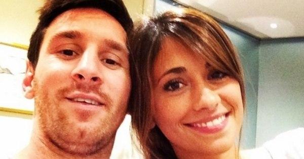 Qual mulher de jogador do Barcelona é a mais bonita? - Duelos ...