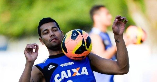 Flamengo paga R$ 110 mil para André Santos jogar society ...