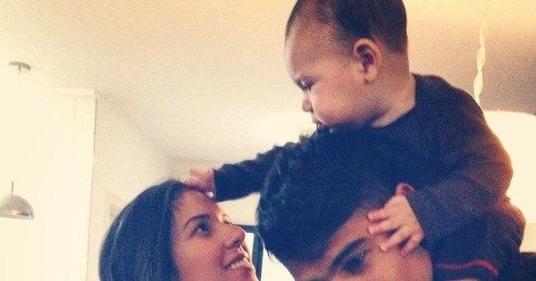 Família linda! Micael Borges aparece em foto fofa com a mulher e o ...