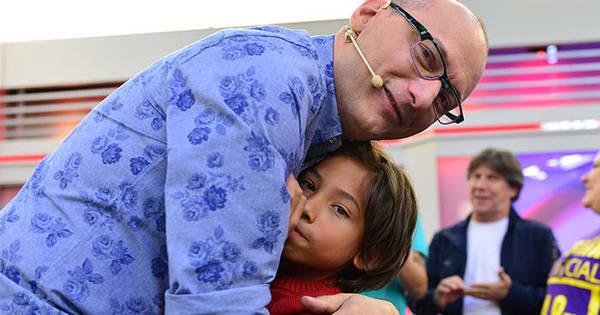 "Emocionado, Britto Jr. fala sobre surpresa de Dia dos Pais: ""Foi ..."