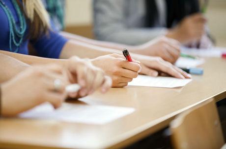 Dobra a inadimplência com a mensalidade escolar