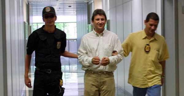 Doleiro diz que Lula e Dilma sabiam de corrupção na Petrobras ...