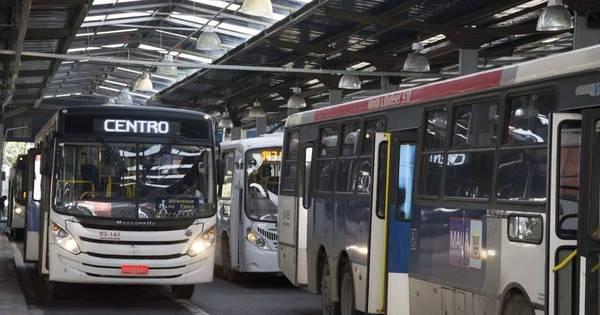 Após 8 horas, termina greve de motoristas e cobradores de ônibus ...