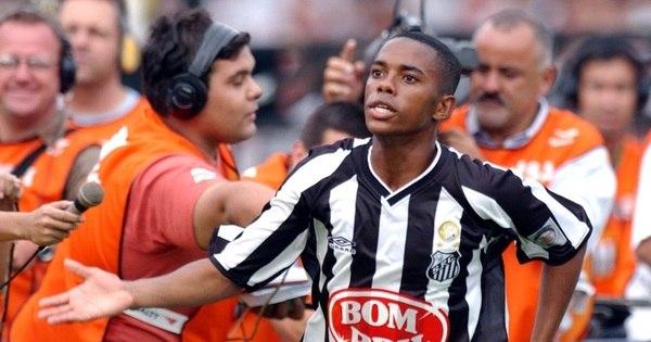 Robinho retorna em forma ao Santos; relembre por onde andam os ...